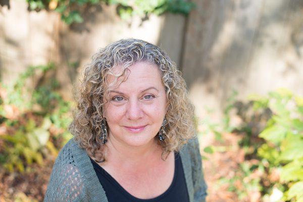 Portrait of poet Dina Elengbogen