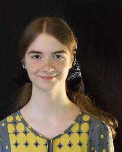 Headshot of painter Rebecca Giles