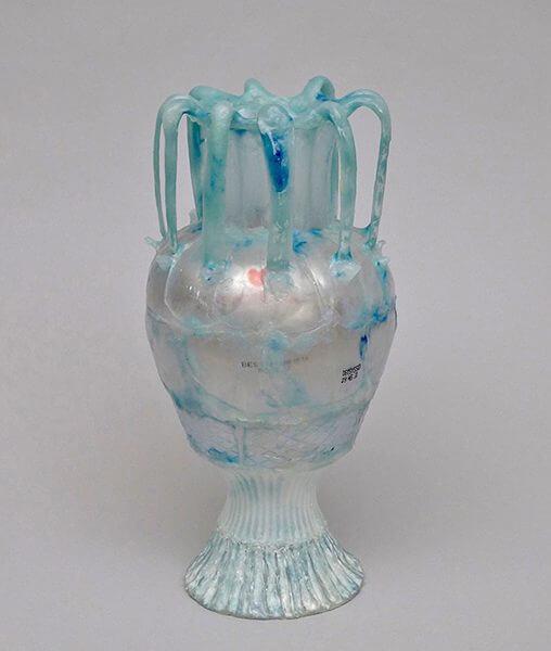 Sculpture of a vase