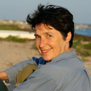 image of poet Laura Foley on the beach