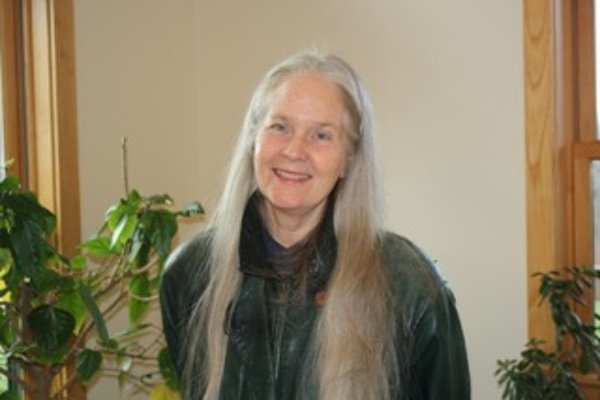 headshot of poet Mary Gilliland