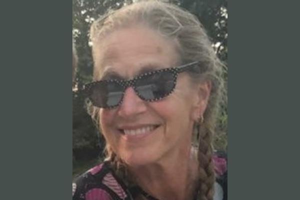 Headshot of poet Sandra Kolankiewicz
