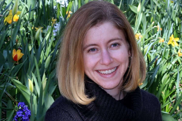 Headshot of author Kelly Ann Jacobson