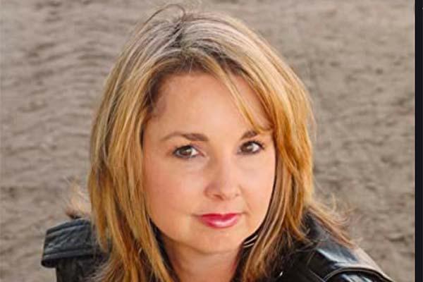 headshot of Cathy Adams