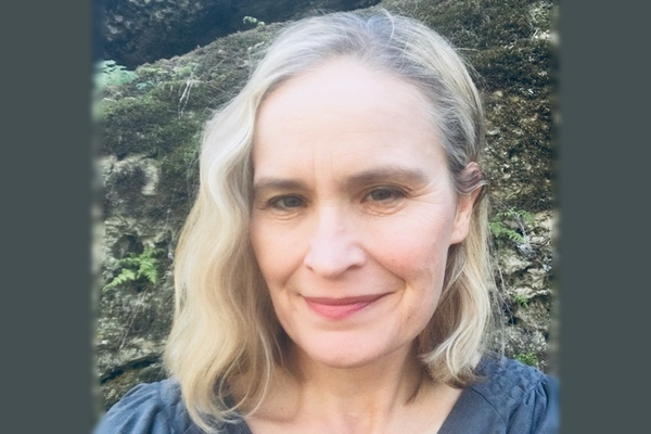 Headshot of writer Kirsten Lillegard