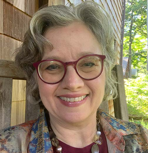 Sandra Tylwr headshot 2021